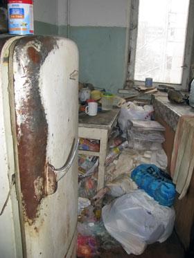 В квартире явно давно никто не убирал.