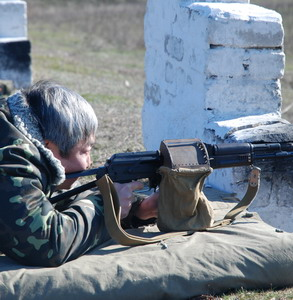 Александр Син одного врага точно застрелил