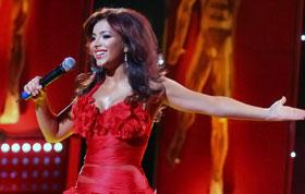 Ани Лорак спела длячемпионов «Червону руту».