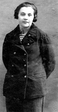 1931 год. Снимок сделан в день ухода Берты на плавпрактику в рейс Одесса - Владивосток - Сахалин.
