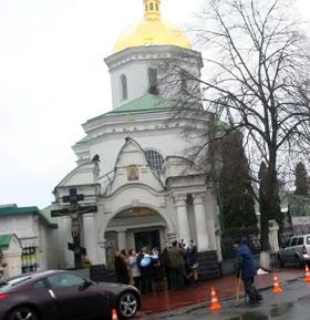 В Ильинской церкви крестят детей уже несколько веков.