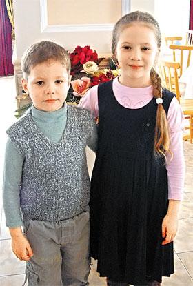 6-летний Миша с сестрой Верой. Удивительно, но мальчик в приюте избавился от ВИЧ.
