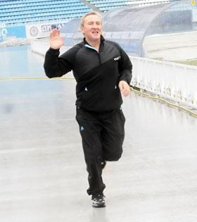 Комиссия заставила Черновецкого броситься в бега.