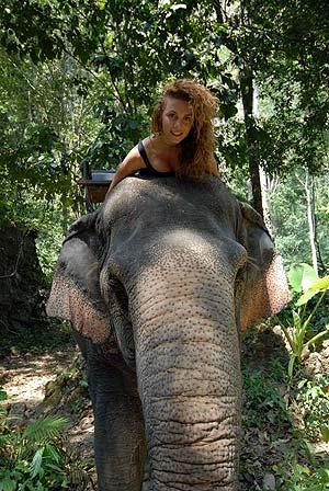 Как выяснилось, перед обаянием Анны не могут устоять не только мужчины, но и даже животные. Фото: из личного архива Анны Седоковой