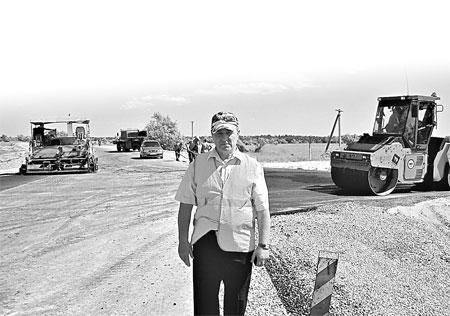 Дороги, которые были построены 30-40 лет назад, требуют серьезного капитального ремонта и реконструкции.