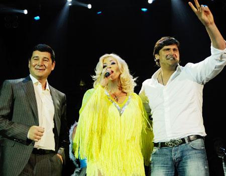 Ирина Билык спела для истинных поклонников ее таланта - Александра Онищенко и Алексея Савченко.