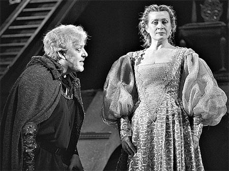 Лесь Заднепровский и Людмила Смородина в исторической драме «Виват королева!»
