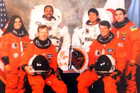 1992 год. Экипаж корабля «Коламбия». Леонид Каденюк крайний справа.