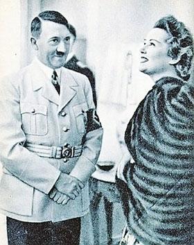 Отношения с женщинами у диктатора складывались очень непросто...