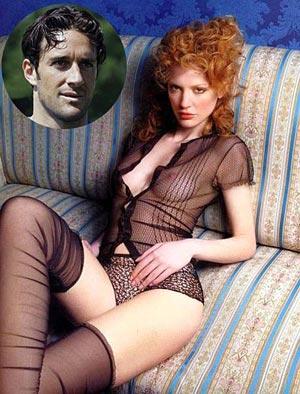 Десять лет назад модель Марта Чеккетто уговорила форварда Луку Тони не бросать футбол. Под ее мудрым руководством нападающий доигрался до сборной Италии.