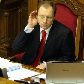Арсений Яценюк: - Что-что, слишком молод для президентского кресла?