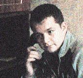 Алексей не упускает случая «поохотиться» с видеокамерой на стариков (фото с сайта пранкеров).