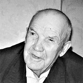 Чепижному уже 82, но он не собирается умирать, пока не увидит свою немецкую Аню.