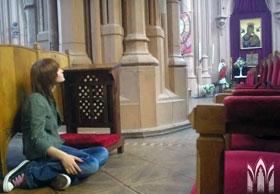 В Николаевский костел люди приходят помолиться и послушать музыку.