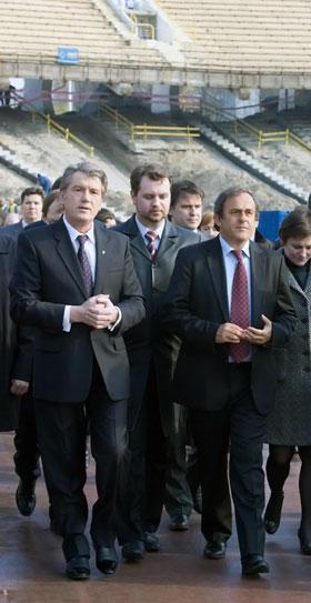 Мишель Платини снова добавил головной боли украинским политикам.