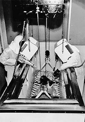 Военные США вкалывали безнадежным жертвам автокатастроф плутоний, чтобы посмотреть, как организм от него избавляется.