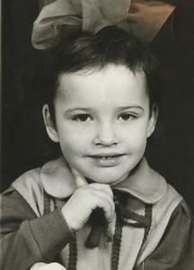 «Фирменный» жест Даши Астафьевой - «родом» из детства.