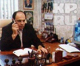 Лерник Токанджян, по словам Юли, звонил и пытался дело