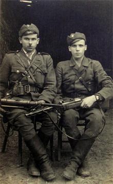 Петр и Василий Сербенюки.