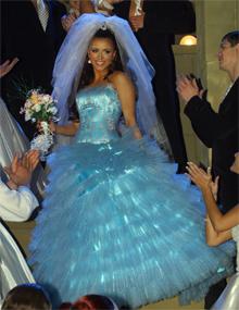 Ани Лорак решила порепетировать, каково это быть невестой.