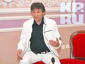 Юрий Ларионов не собирается спускать грубость звезде.