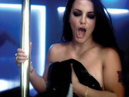 Фото сделаны во время съемок видео на песню Бритни Gimmy More. Фото: socialitelife.celebuzz.com