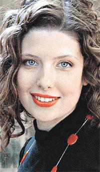 Красавицу Эмилию Спивак тоже «записывали» в возлюбленные Ивана.