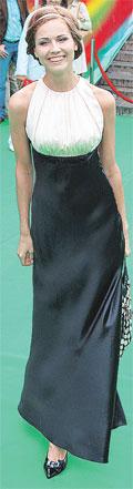 Наталья Лесниковская выглядела как греческая богиня.