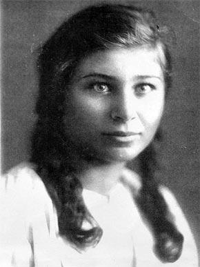 Библиограф Ольга Бондаренко получила благословение от своего кумира.
