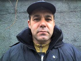Глава инициативной группы жильцов Юрий Гиляка.