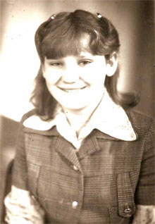 Людмиле Джурко здесь 16 - столько же, сколько ее маме, решившей оставить ребенка. Возможно, она похожа на нее…