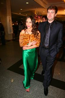 Виталина Ющенко и ее супруг Алексей Хахлев нарядились на «Шарманку», как на светский раут.
