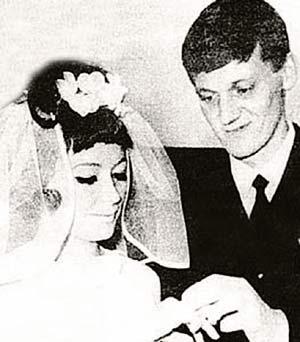 Миколас Орбакас окольцевал будущую приму и подарил ей дочь, но удержать любимую не смог.
