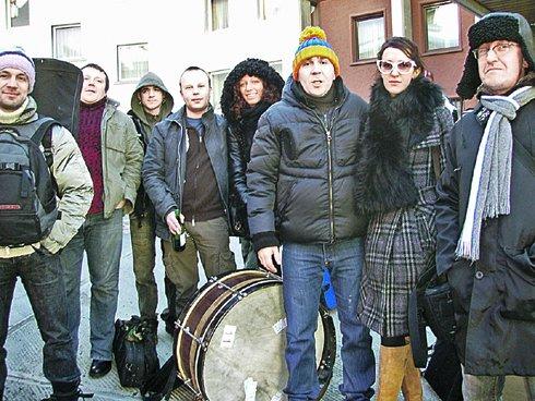 Рождество справляли как полагается - под группировку «Ленинград» в полном составе.