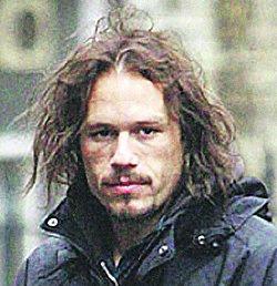 Это фото Леджера сделано 4 дня назад: актер на съемках фильма Imaginarium of Doctor Parnassus.