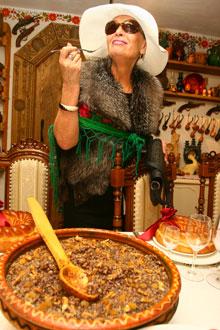 Светлана Светличная дегустировала все подряд.