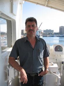 Олег Юнитов был потомственным моряком.