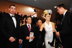 Катя Осадчая долго допрашивала братьев Кличко.
