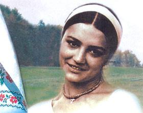 Актриса считает своим дебютом роль Наталки-Полтавки.