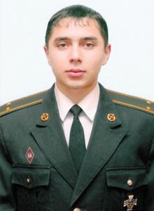Евгений Челарский все еще в реанимации.
