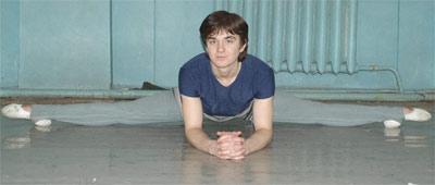Андрей признался,что больше всего любит танцевать в родном Донецке и в Японии.