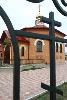 Деньги на церковь в благодарность отцу Александру дал московский олигарх.