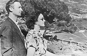 Георгий Вицин с женой Тамарой в отпуске.