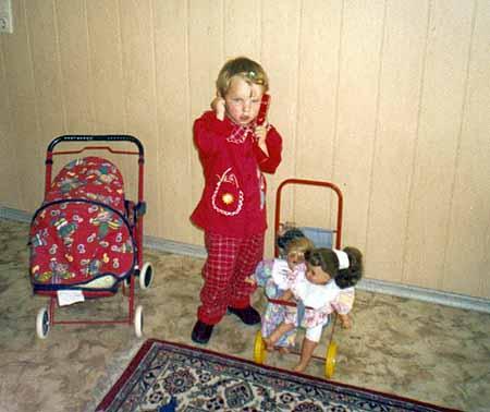 Сейчас Оксана (6 лет) лечится от туберкулеза.