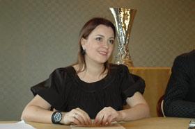 Жена футболиста Надя: - Две ночи не спали! Показывали всем трофей.