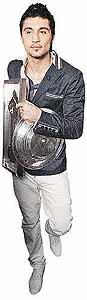Дима Билан сразу после «Евровидения» забрал на «Муз ТВ» еще две престижные награды. Фото: Андрей КАРА