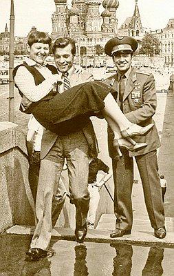 Перед стартом Александр Серебров готов был носить Светлану Савицкую на руках.