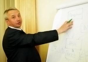 Министр ЖКХ Алексей Кучеренко.