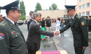 Впервые в истории Украины иностранного посла пригласили в закрытое учебное заведение.