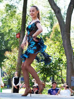 Перед брейком в парке им. Шевченко были классические танцы.